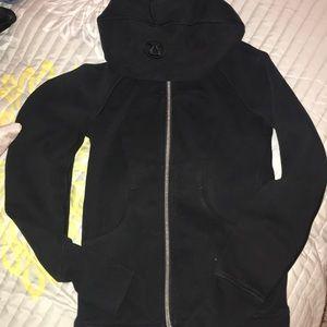 Black lululemon scuba jacket